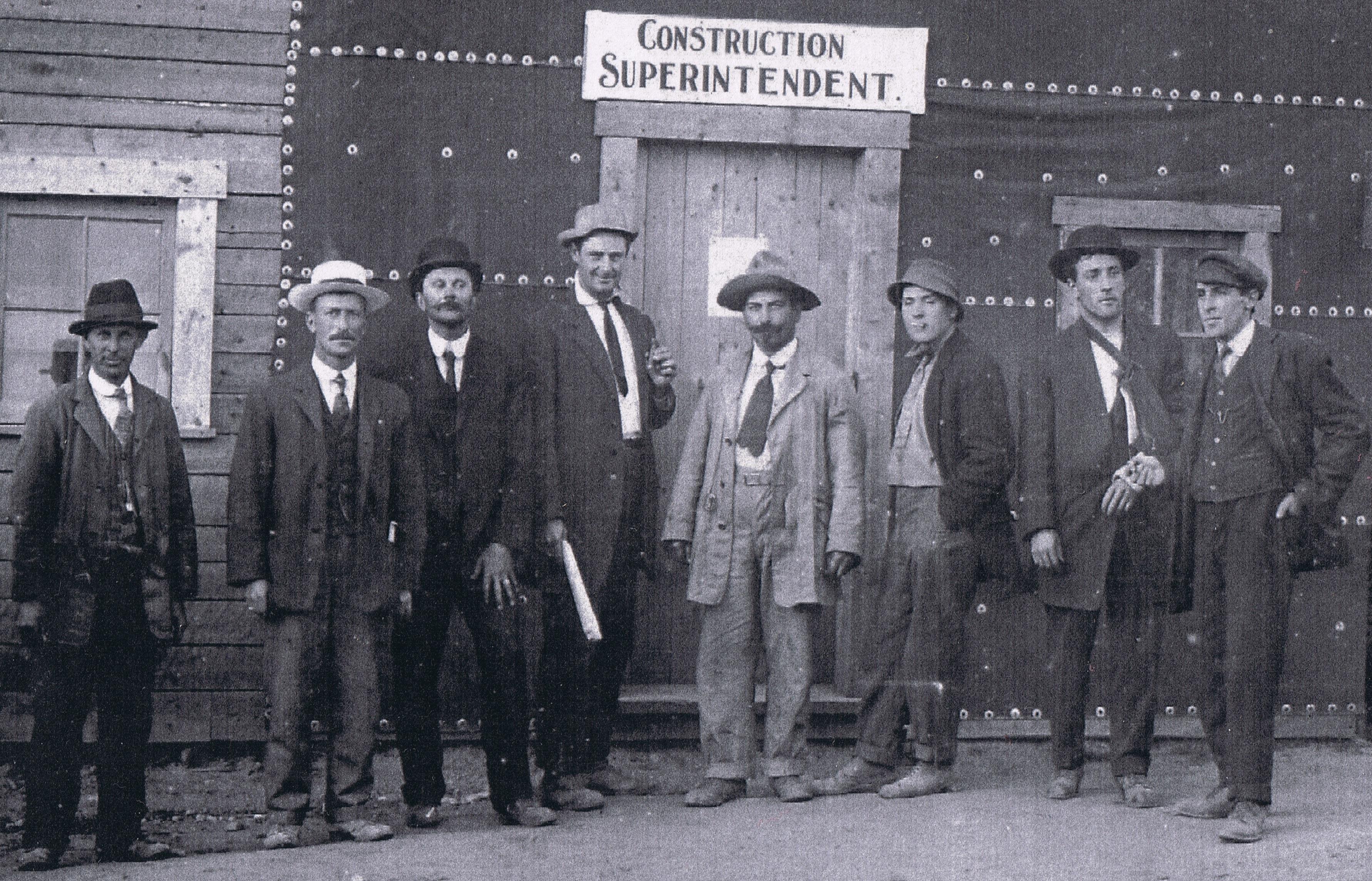 1912- Ingénieurs- rogner